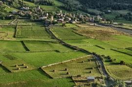 Villaggio di Chvabiarli nella valle del Mulkhura. Georgia