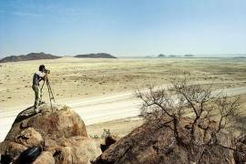 Namibia 2005: sconfinati paesaggi nel Parco Nazionale del Namib Naugluft. Foto: Giulia Di Fiore. Archivio: F. Ventura